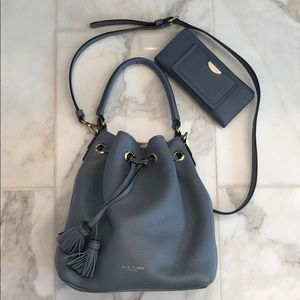 Authentic Henri Bendel Bedford Bucket Bag/Wallet